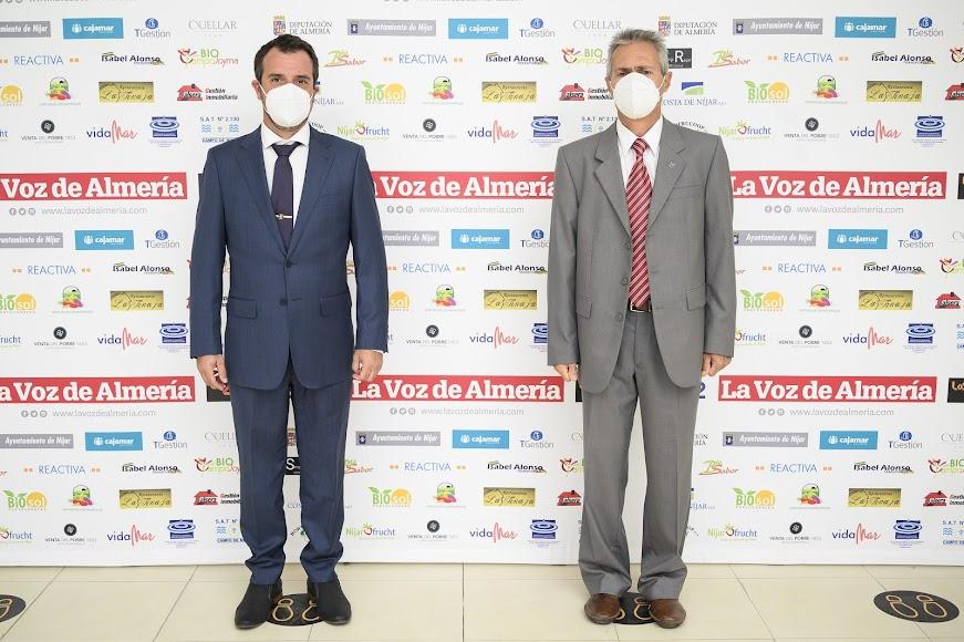 La gala de LA VOZ reunió en Níjar a protagonistas de la vida política, empresarial, cultural, social y deportiva de la comarca.