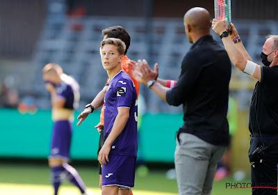 Coronatests leveren positief resultaat op bij Yari Verschaeren en twee andere RSCA-spelers: topper tegen Club Brugge komt in het gedrang