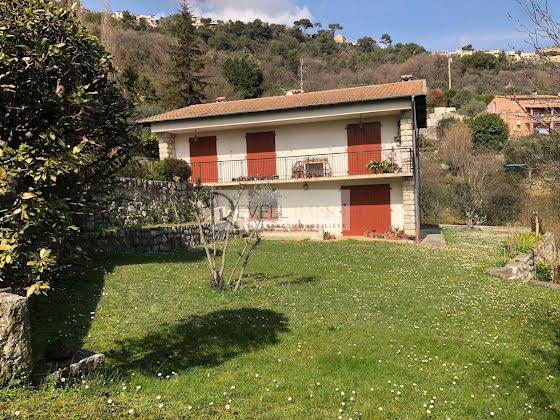 Vente villa 8 pièces 173 m2