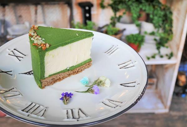 【台北芝山站   甜點】美味重乳酪佐乾燥花的美好夢境✡小夢境。Little Dream Cafe'