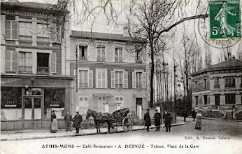 Photo: Athis-Mons — Café-Restaurant - A. DESNOÉ - Tabacs, Place de la Gare