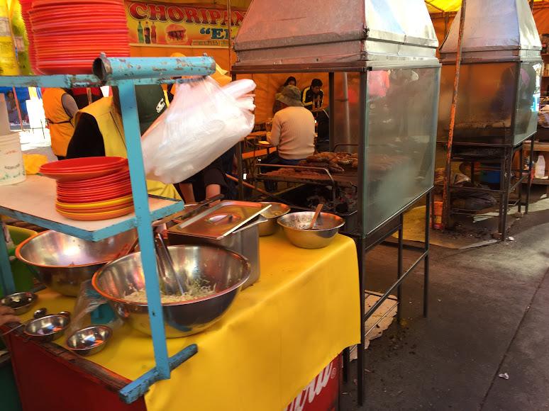 エル・アルトの泥棒市場にある飲食店