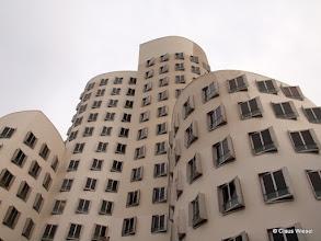 "Photo: ""Tanzende Bürotürme"" leider ohne blauen Himmel."