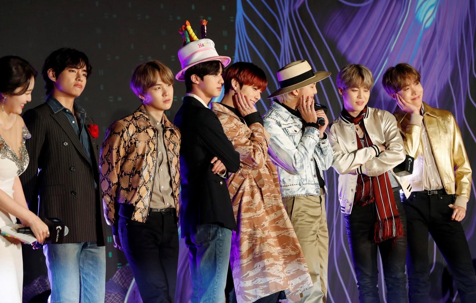bts-jin-group