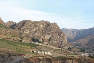 Photo: Cerro de Soncoquilla (Fondo) y plaza de toros (Frente) Huanca / 18 y 19 de Noviembre (2012) Caylloma