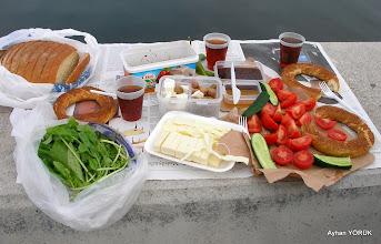 Photo: Göztepe yalısında kahvaltı - 27.04.2014