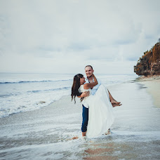 Wedding photographer Mari Bonem (bonem). Photo of 02.09.2017