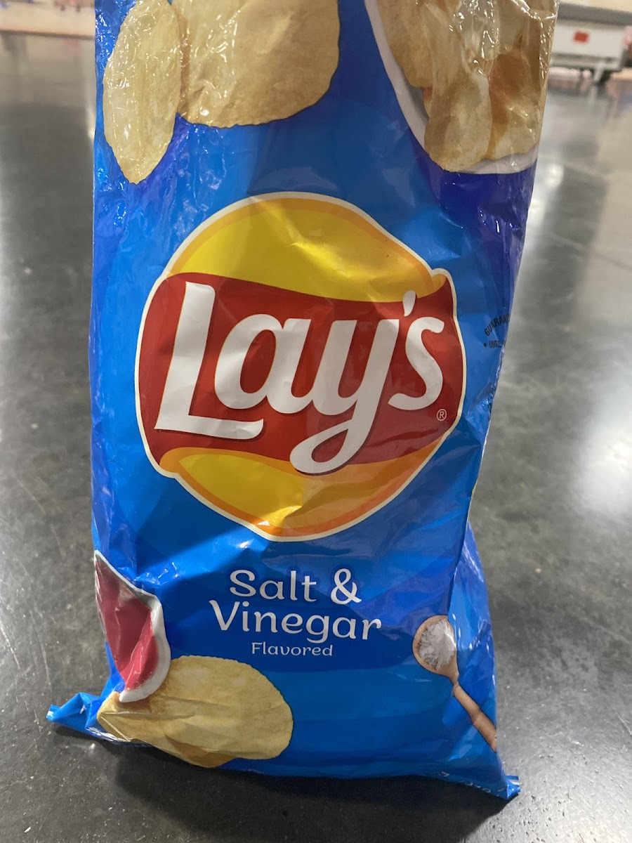 Frito lay salt and vinegar chips