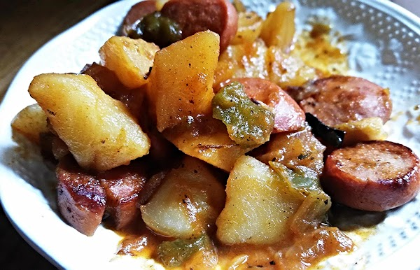 ~ Cass's Countrified Franks & Tater Skillet ~ Recipe