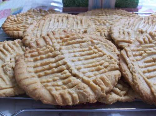 "Peggi's Gigantic, Melt In Your Mouth Crispy Peanut Butter Cookies ""Oh goodness these..."