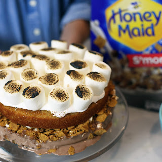 Ultimate S'mores Ice Cream Cake with Honeymade.
