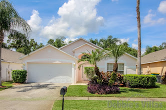 Orlando villa, gated community with facilities, minutes to Disney, west-facing pool, games room