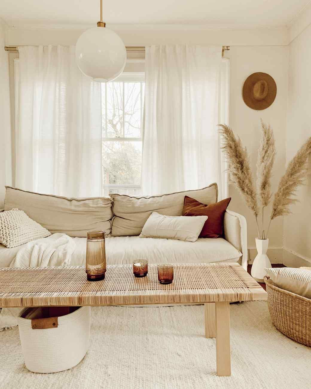 Feng Shui Living Room Essentials & Decor Tips - Unboxed