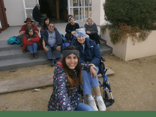 Photo de L'Arche de la Vallée avec des personnes accueillies avec un handicap mental
