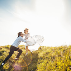 Wedding photographer Evgeniy Bendin (johnnick). Photo of 01.05.2015