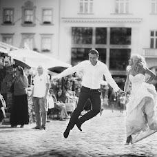 Wedding photographer Viktor Litovchenko (PhotoLito). Photo of 07.10.2015