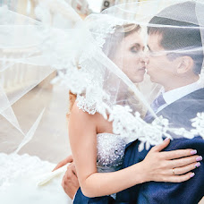 Wedding photographer Roman Enikeev (ronkz). Photo of 06.08.2015