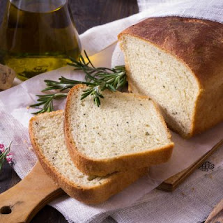 Better Than Macaroni Grill's Rosemary Bread