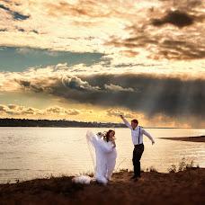 Wedding photographer Olga Nikolaeva (avrelkina). Photo of 12.04.2019