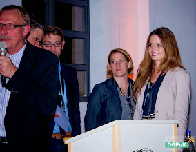 Photo: DGPuK 2014 Gala-Abend in der Innsteg-Aula  Danksagung an Organisatorin Anne-Christin Hoffmann   Foto: Janertainment Janine Amberger