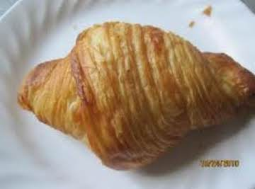 Filled Croissant Roll Carrot