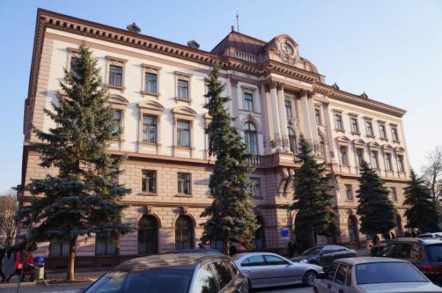 На території Івано-Франківського національного медичного університету знайшли бойову гранату