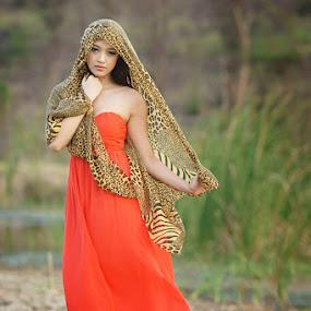 Loneliness..... by Arrahman Asri - People Fashion ( fashion, red, style, woman, beautifull, beauty, smile, people )