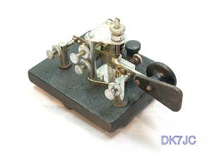 """Photo: Vibroplex Bug J-36 umgebaut als Geber für eine Elektron-Key  """"W""""  # 573"""
