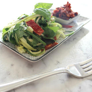 Zoodle Tomato And Basil Salad With Olive Tapenade