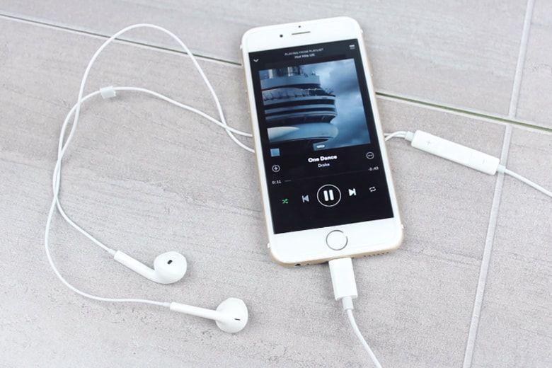 Tai nghe iphone chính hãng iphone 8 plus - GigiShop