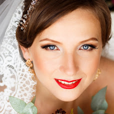 Wedding photographer Anna Buyakova (Annluminous). Photo of 13.10.2015