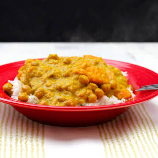 Slow Cooker Chickpea and Sweet Potato Curry.