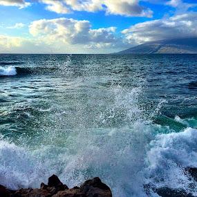 Explosion of the Wave by Charline Ratcliff - Landscapes Beaches ( kamaole beach, maui, kihei, nature, waves, ocean, beach, tropical ocean, hawaii,  )