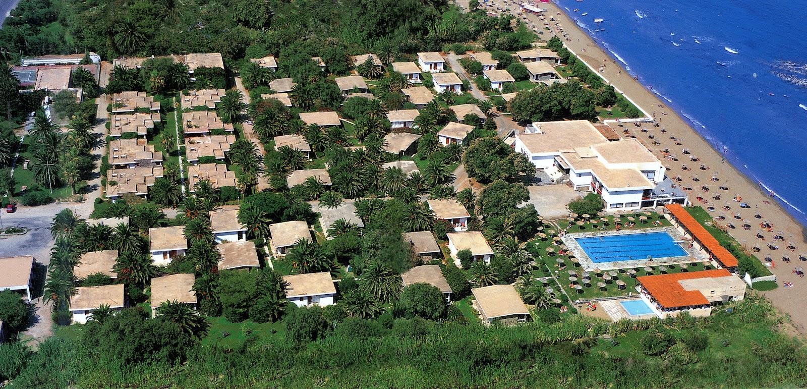 Creta Beach Panoramic view.jpg
