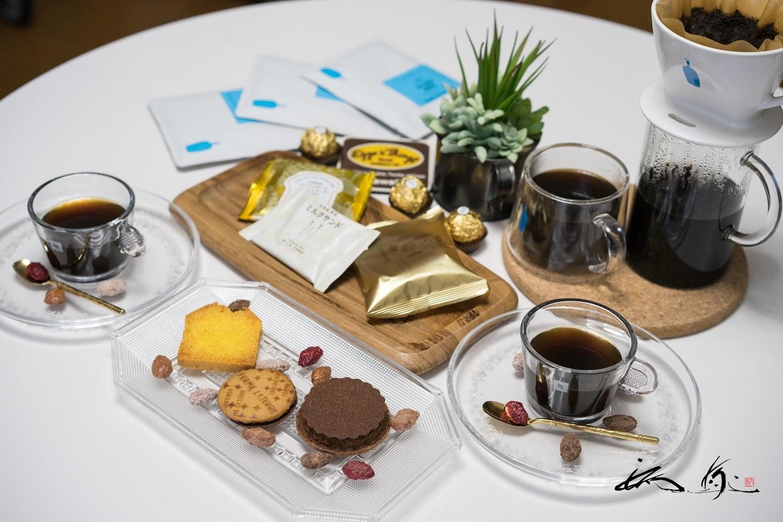 フェルム ラ・テール美瑛のクッキー&ブルーボトルコーヒー