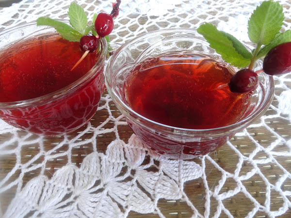 Frosty Cranberry Shrub Recipe