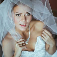 Wedding photographer Yuriy Paramonov (Yopa). Photo of 26.10.2014