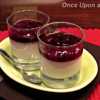Vanilla Panna Cotta with Summer Berries Coulis Recipe