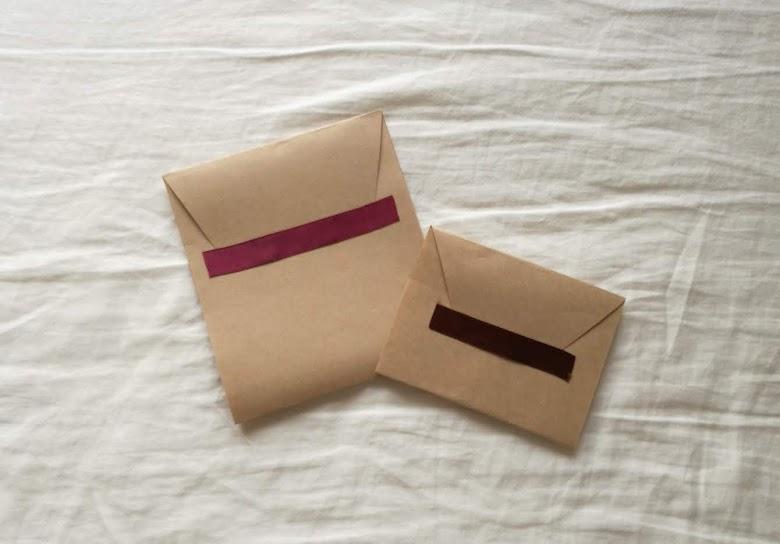 セリア クラフト紙 封筒 リボンシール ラッピング