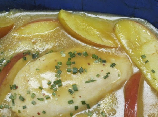 Honey Mustard Chicken Breasts With Apple Slices Recipe
