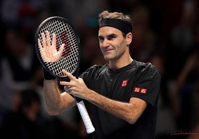 Roger Federer heeft het niet onder de markt, maar wint wel zijn eerste wedstrijd van het seizoen