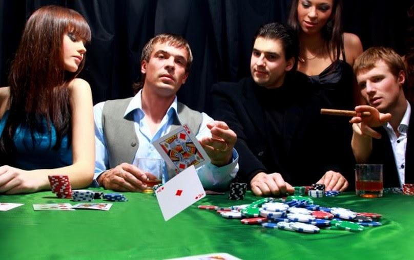 Poker online: Sự khác biệt về vị trí ngồi