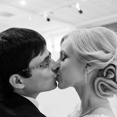 Wedding photographer Artom Bondarev (bondariev). Photo of 25.11.2015