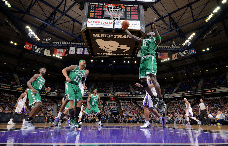 Photo: SACRAMENTO, CA - DECEMBER 30: Kevin Garnett #5 of the Boston Celtics rebound against the Sacramento Kings on December 30, 2012 at Sleep Train Arena in Sacramento, California. NOTE TO USER: User expressly acknowledges and agrees that, by downloading and or using this photograph, User is consenting to the terms and conditions of the Getty Images Agreement. Mandatory Copyright Notice: Copyright 2012 NBAE (Photo by Rocky Widner/NBAE via Getty Images)