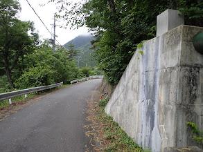 登山口まで車道歩き