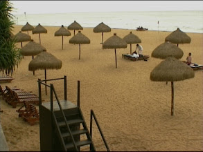 Photo: The beach before the tsunami 2004. Video image: S. Hartmeyer.