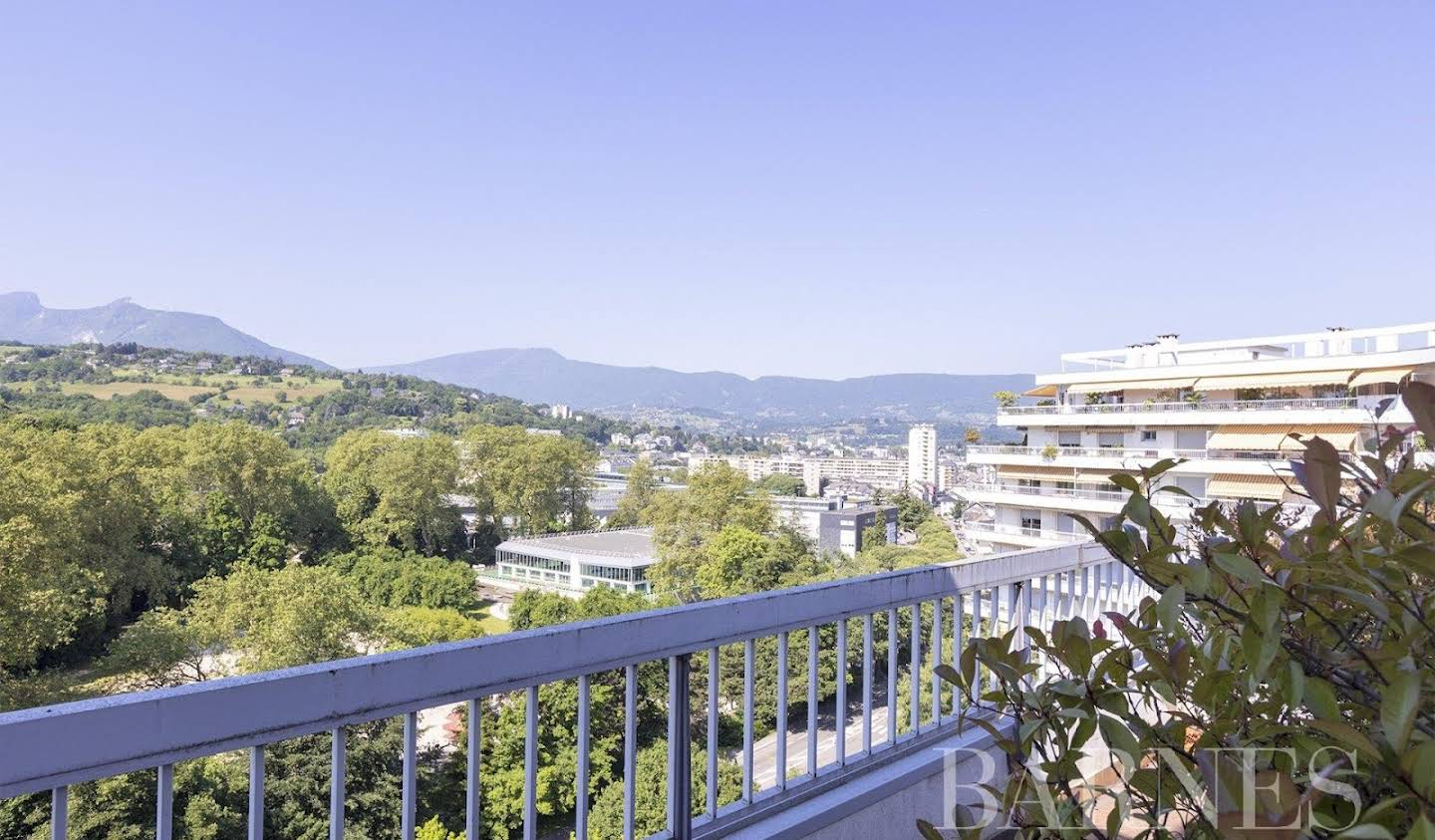 Apartment with terrace Chambery