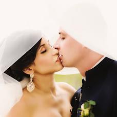 Wedding photographer Lina Genchikova (Genchikovi). Photo of 23.09.2015