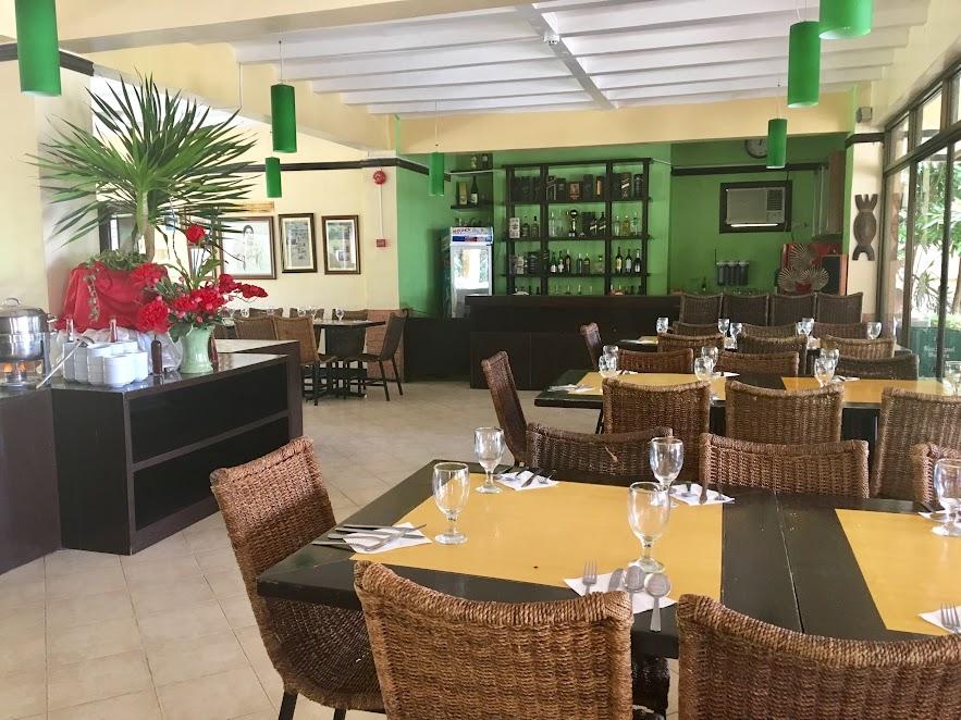 Punta de Fabian Restaurant 1