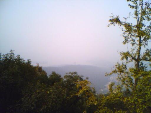 玉皇山巅俯瞰众山